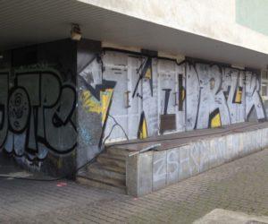 12036877_Graffiti2